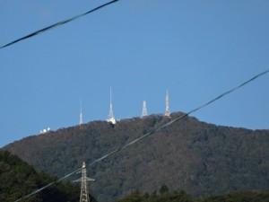 箱根山の電波塔群