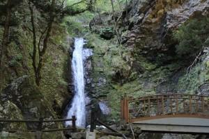 浪板不動の滝